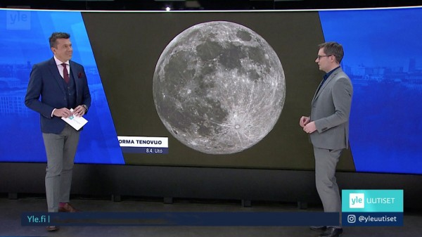 """VIIME YÖNÄ OTTAMANI KUVA """"SUPERKUUSTA"""" PÄÄTYI YLE1 AAMUN TELEVISIOUUTISIIN. Kuvan tv-ruudulta otti Jukka J Nurmi."""